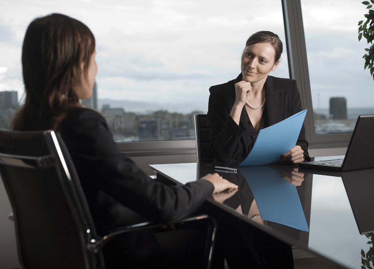 как найти новую работу не увольняясь со старой