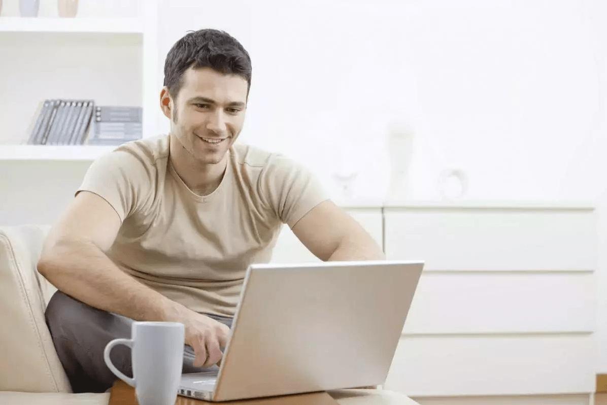 как найти работу через форумы и соц. сети